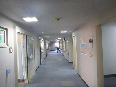 足立病院01-04.jpg